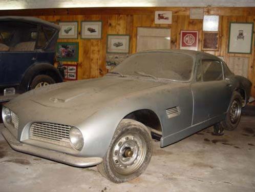 o único Willys Capeta produzido ontem no museu de Caçapava do Roberto Lee