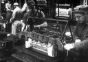 55-chevy-preparando-bloco-do-motor-v8-para-fundicao