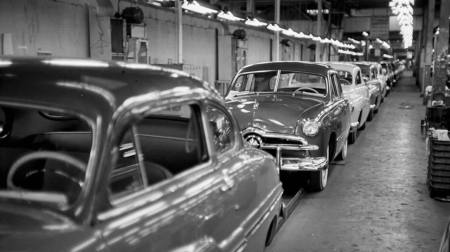 49_ford_assembly_line_237