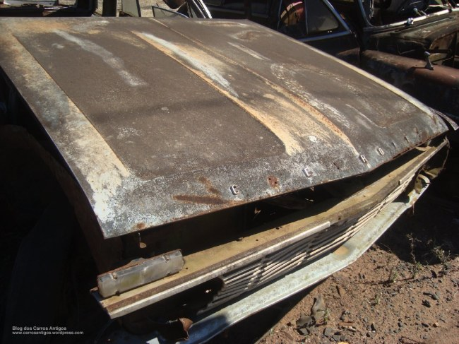 ferro_velho_rs_carros_antigos_31