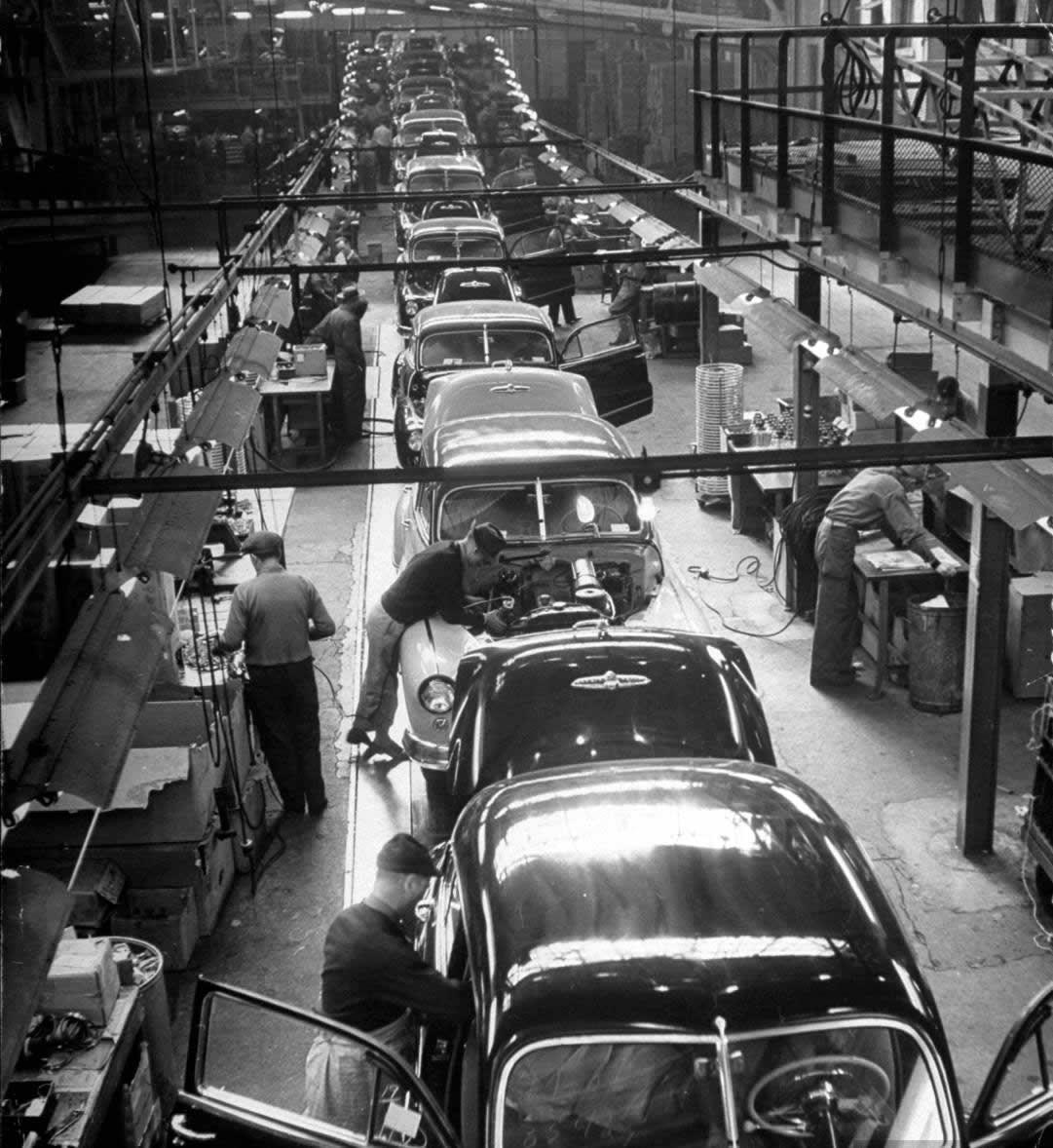Linha De Montagem De Carros Antigos Carros Antigos