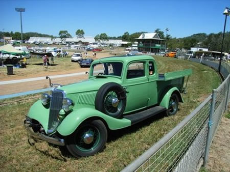 1934_ford_coupe_ute