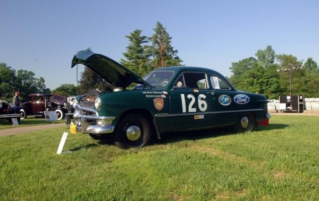 50-Ford_Tudor