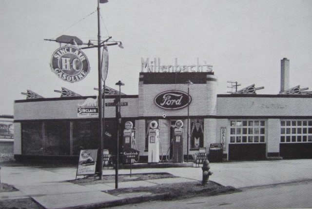 old_ford_dealership_06