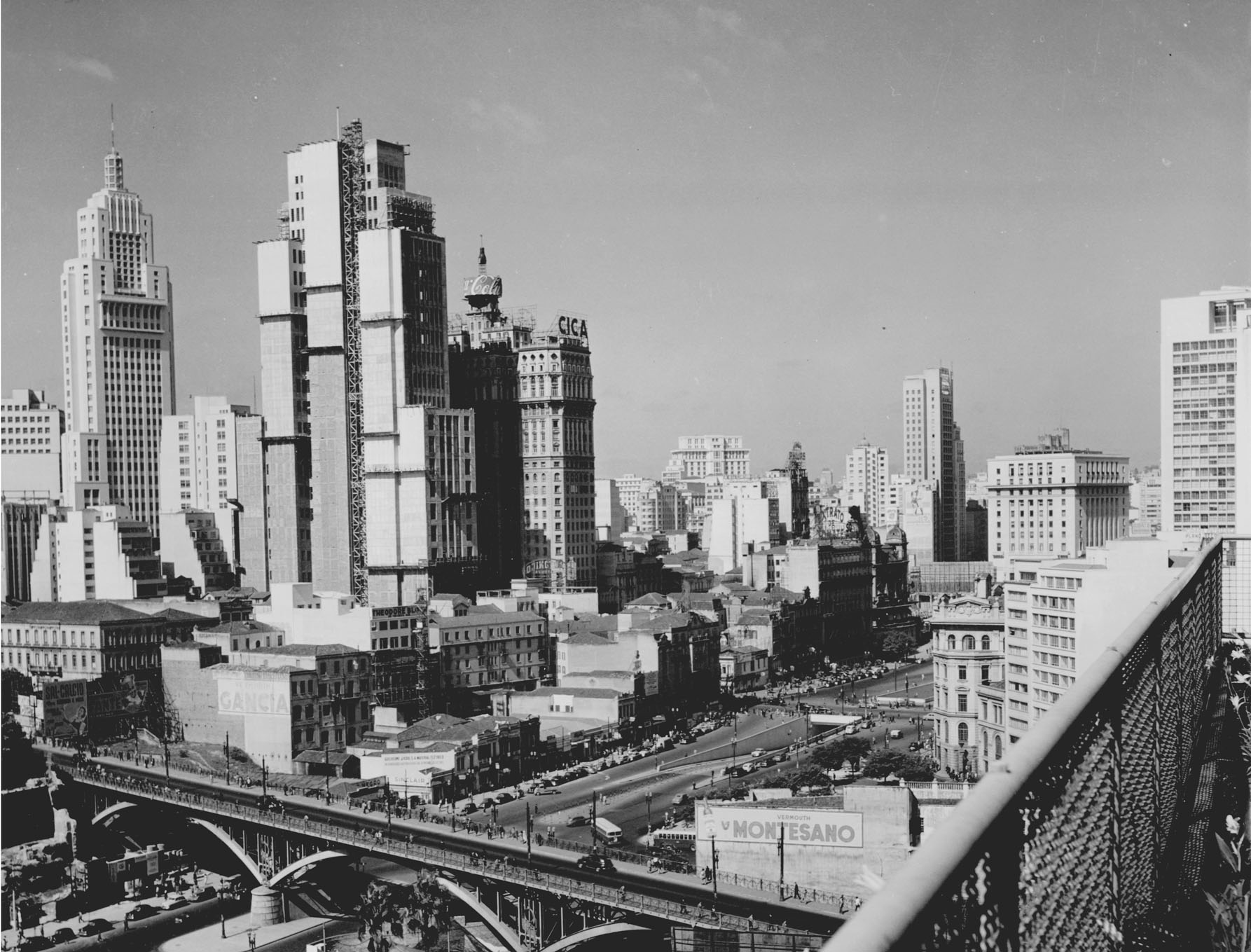 Rio Vista Chevy >> São Paulo, década de 50 e 70 – Carros Antigos