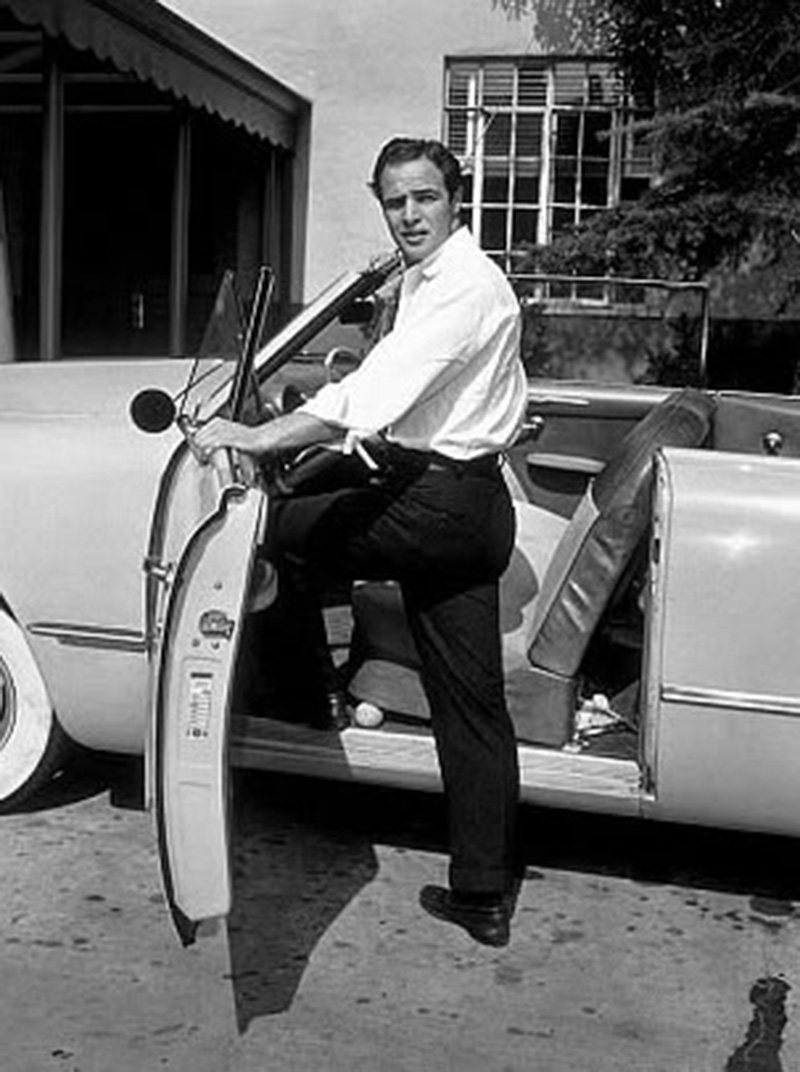 Marlon_Brando_Ford_1951