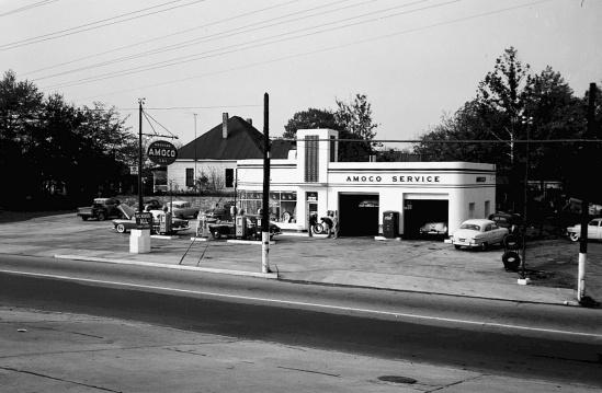 Amoco Service Station, Northside Drive __ Lane Brothers Photographs
