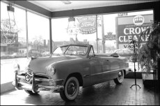 The 1950 Ford Deluxe and Custom Automobiles