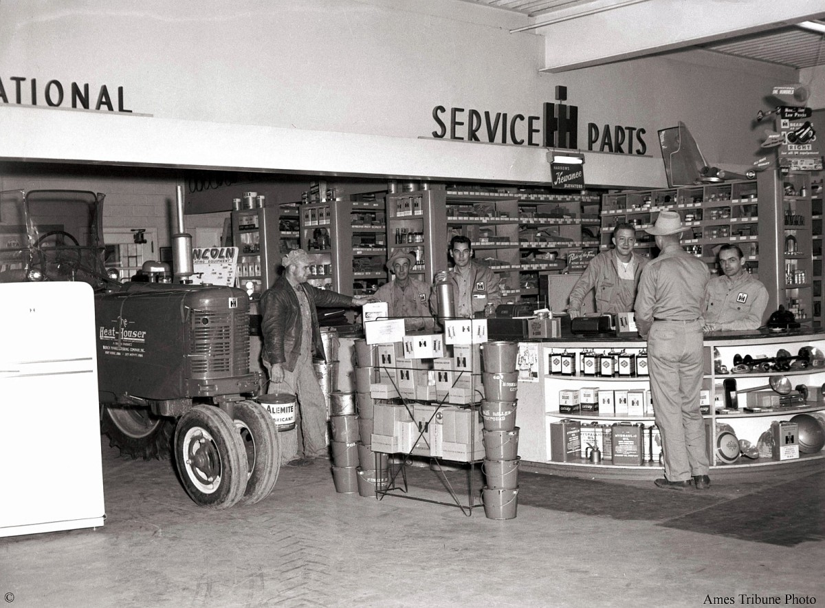 07_1954-09-armstrong_international_tractor_truck_c