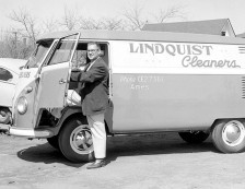 11_1956-04_lindquist_cleaners_vehicle